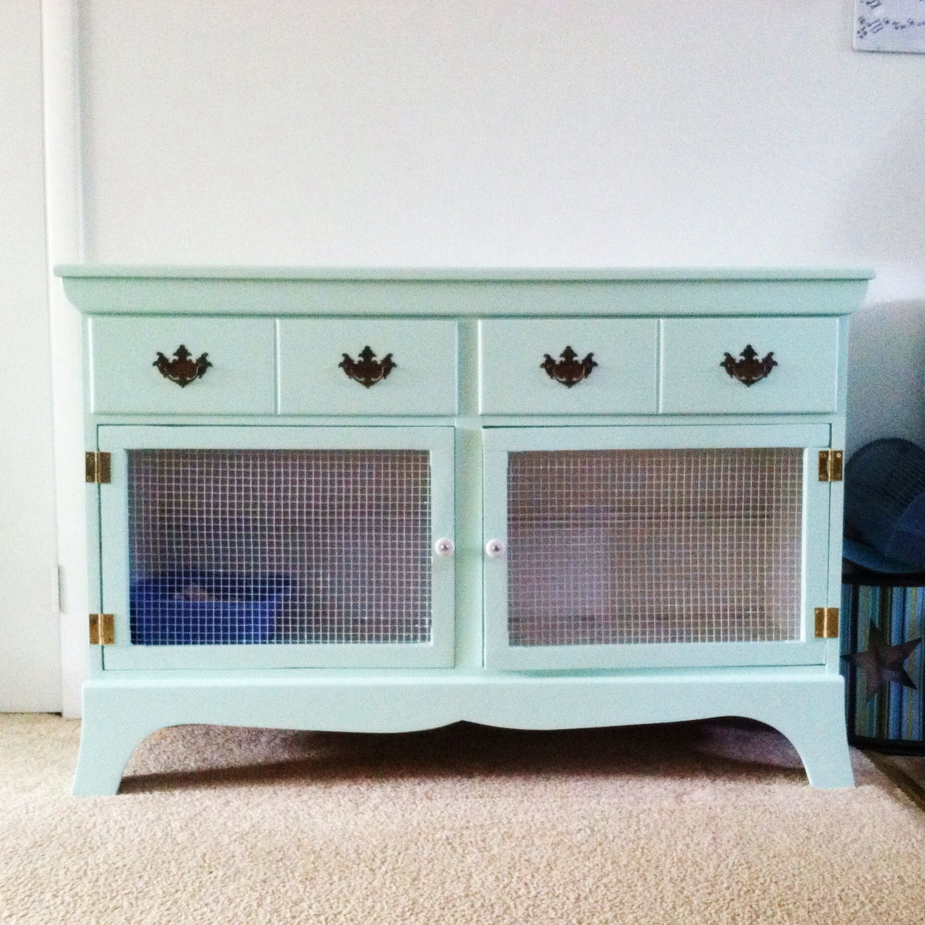 Don't throw out your old cabinets. Upcycle them and your pet will thank you! #PrimroseCreations #LoveTheLifeYouLive #PetFurniture #SustainableLifestyle #Upcycle #Repurpose #Ecofriendly #Wordworking
